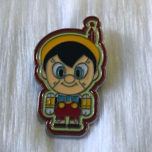🔮 5/$25 Pinocchio Toy Factory Pin